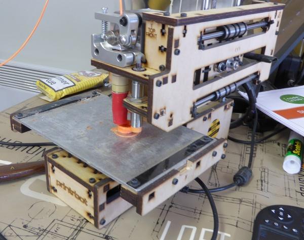 FAITES DE LA RECUP - Stand de CourTechZone - Imprimante 3D