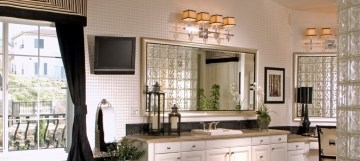 bathroom-mirror-interior