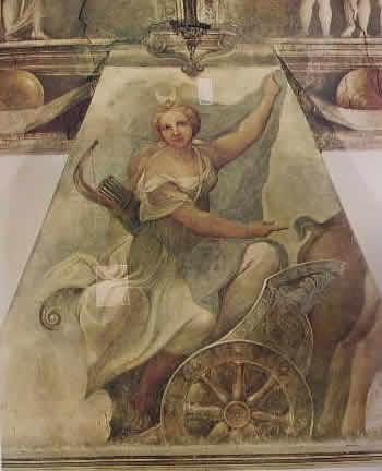 Particolare di diana sul carro negli affreschi della camera di San Paolo
