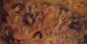 Impronte di mani sinistre (probabilmente di donna) positive e negative, X millennio a.C. Patagonia, Chubut, Pinturas