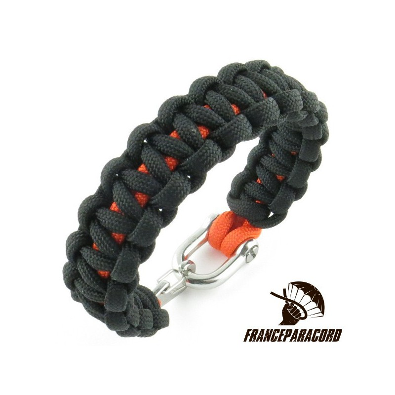 Cobra 2 Colors Paracord Bracelet With Shackle Spring Snap