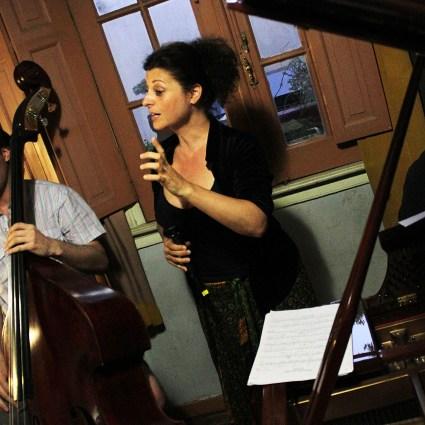 Ensayo Trio Aura F: Patricia Alegria