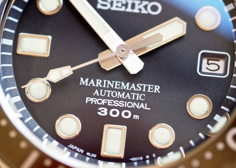 Just look at the quality of the Seiko MM300 dial - it's flawless