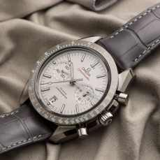 Speedy Tuesday   Omega Speedmaster Lunar Dust Caliber 9300