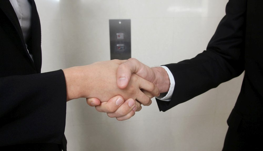 10 Best Elevator Pitch Templates For PowerPoint