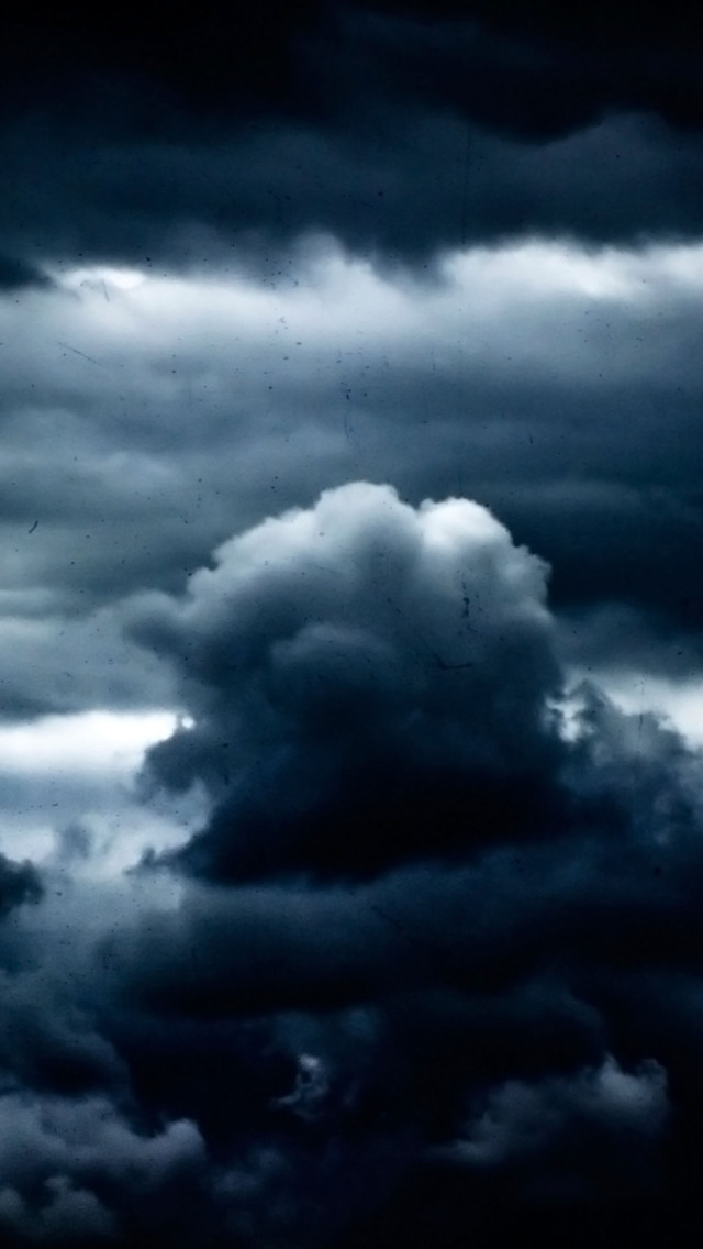 3d Wallpaper Parallax Free Thick Dark Clouds Iphone 6 6 Plus And Iphone 5 4 Wallpapers