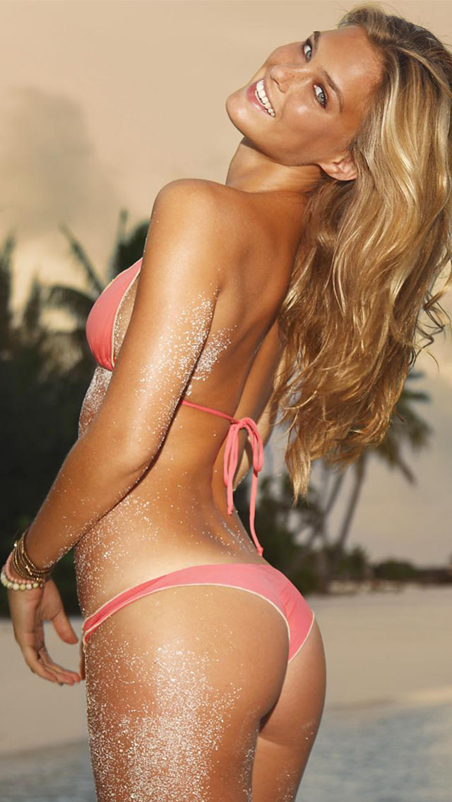 Coco Chanel Iphone Wallpaper Bar Refaeli Pink Bikini Iphone 6 6 Plus And Iphone 5 4