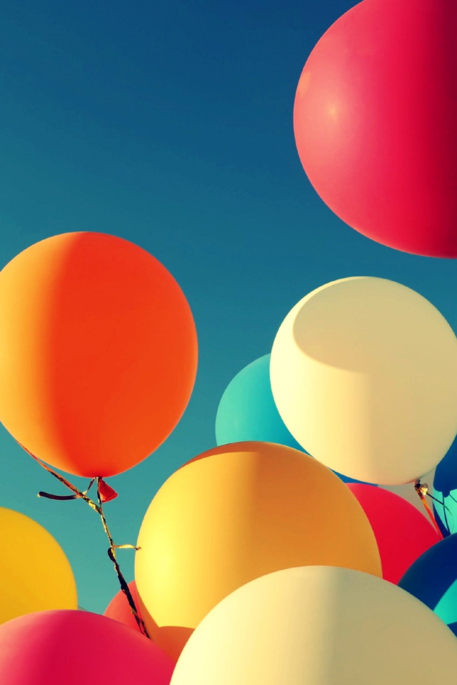 Girl With The Dragon Tattoo Iphone Wallpaper Colorful Balloons Under The Sunshine Wallpaper Free