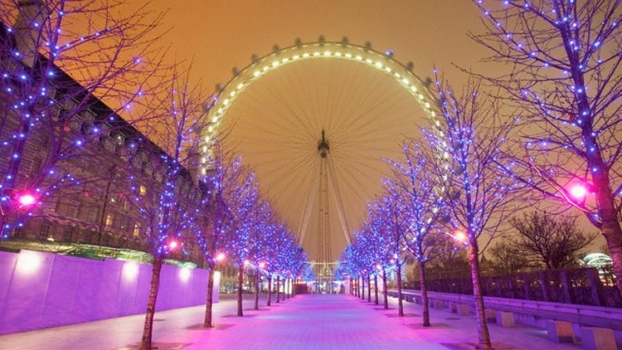 Free Ipod Wallpapers Hd Christmas London Eye Wallpaper Freechristmaswallpapers Net