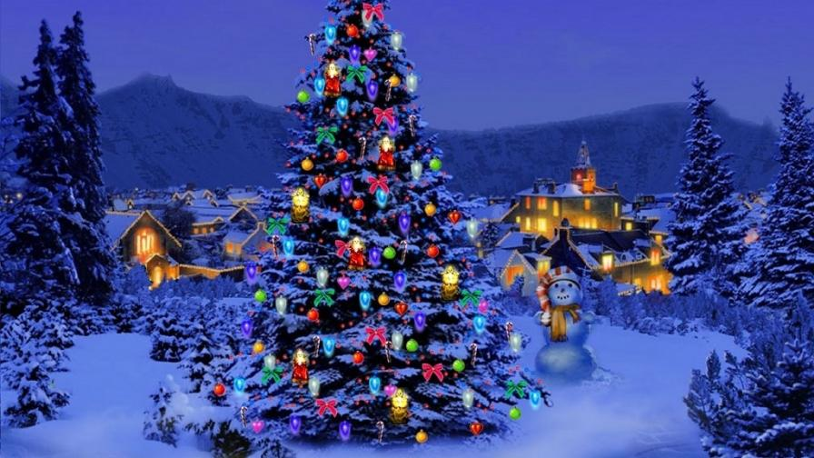 Christmas Tree Nature - Wallpaper - FreeChristmasWallpapersnet
