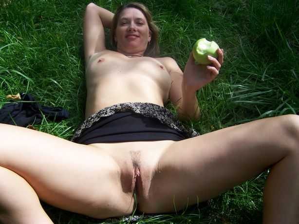 flashing public wives on vacation