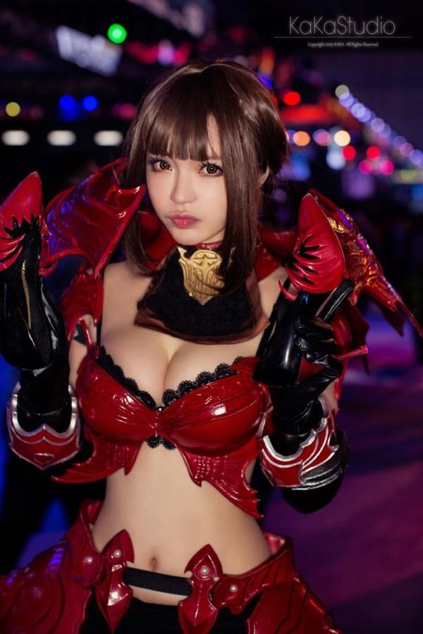 kromede-cosplay-1