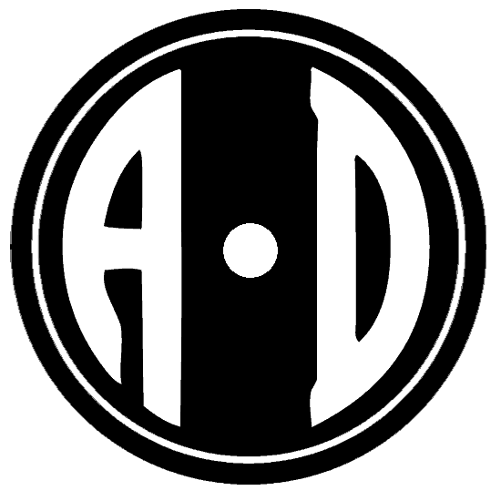 free mountain logo maker