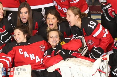 MALMO, SWEDEN - MARCH 27: Team Canada - 2015 IIHF Ice Hockey Women's World Championship. (Photo by Andre Ringuette/HHOF-IIHF Images)