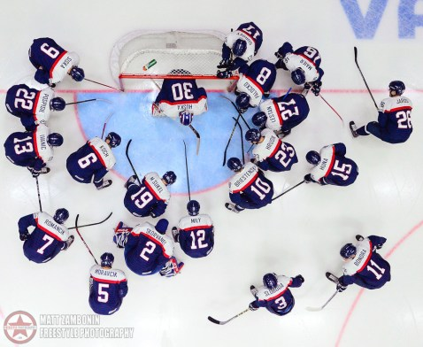 Team Slovakia huddles before taking on Team Sweden during quarterfinal round action at the 2016 IIHF World Junior Championship. (Photo by Matt Zambonin/HHOF-IIHF Images)