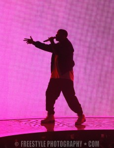 Drake - Canadian Tire Centre