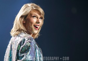 Taylor Swift - Canadian Tire Centre