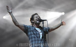 Pearl Jam - Canadian Tire Centre