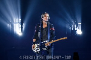 Keith Urban - Canadian Tire Centre