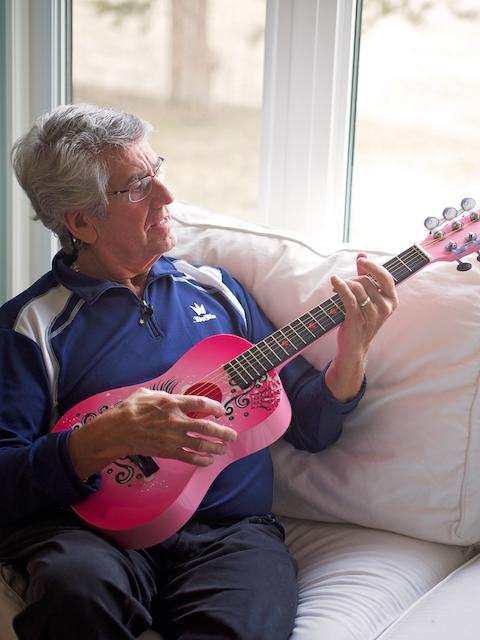 Une belle guitar!