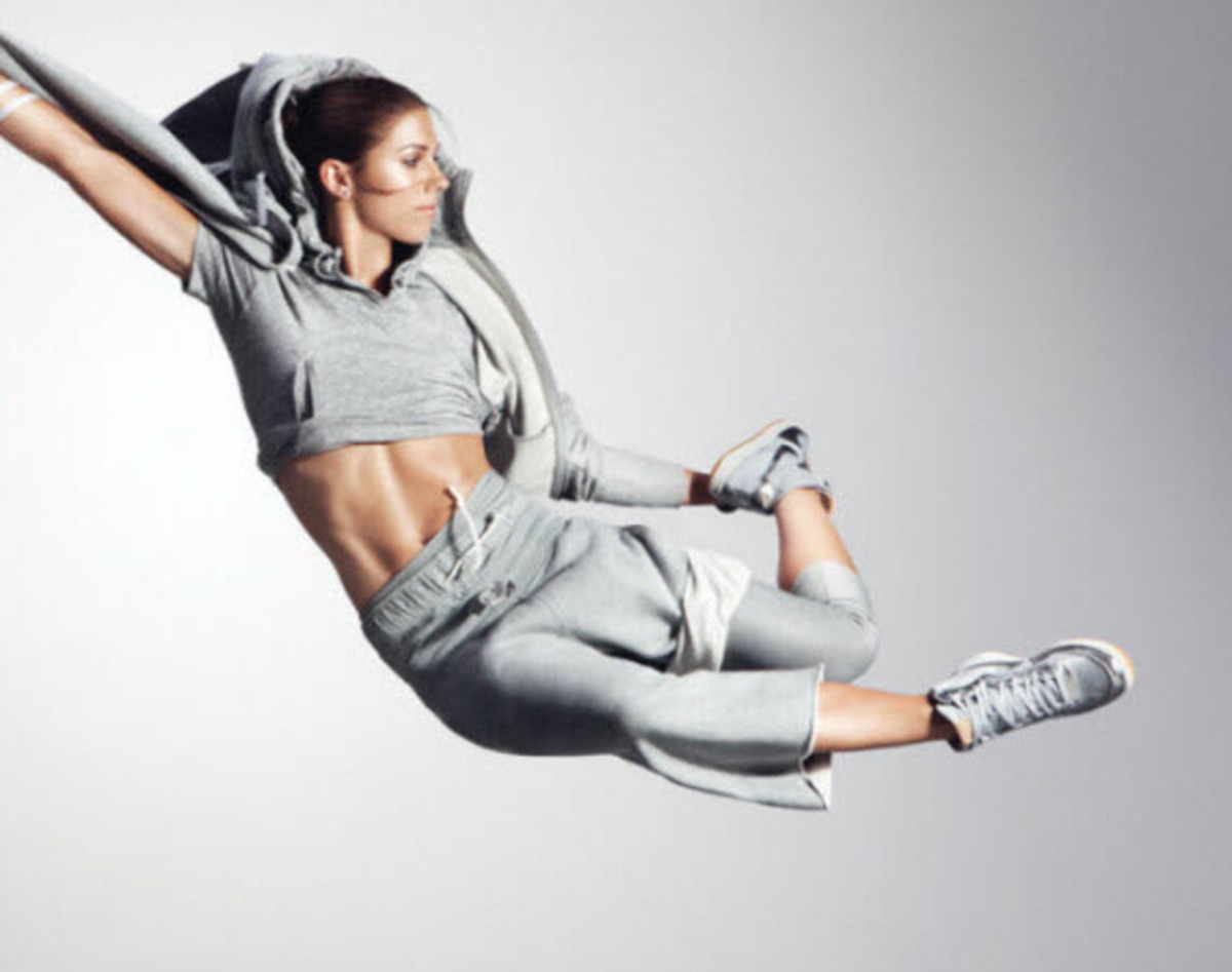 Alex Morgan Quotes Wallpaper Nike Women S Spring Summer 2013 Collection Lookbook