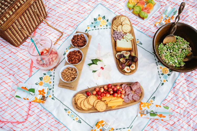 While picnic food should be simple and fuss-free, it doesn't have to be boring. Put together a combination of fresh salad recipes, effortless sandwiches, freshly baked desserts, and refreshing.