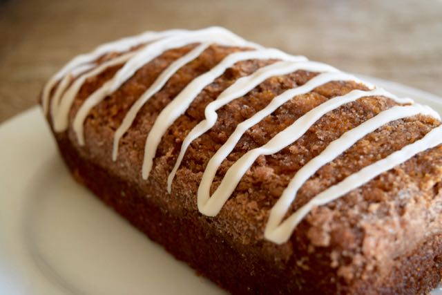 Pumpkin Spice Amish Friendship Bread ♥ friendshipbreadkitchen.com