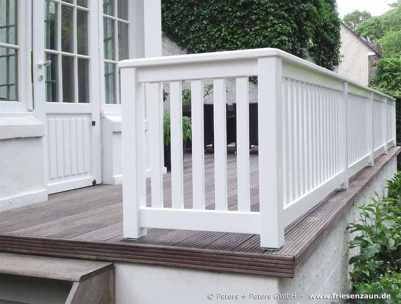 Geländer für Terrasse und Balkon - Hartholz weiß lackiert - renovierung der holzterrasse