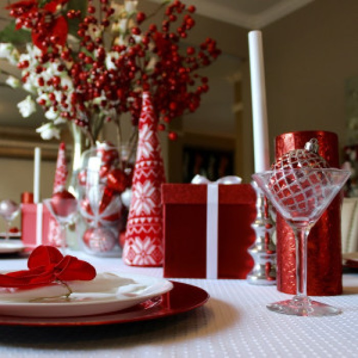 dining room table christmas decor tablescape red and white centerpiece