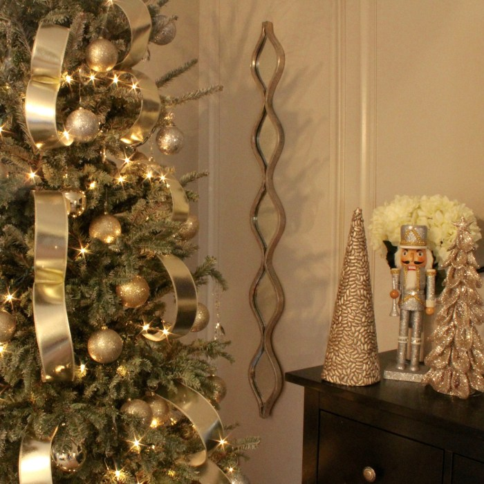 bedroom neutral christmas tree decor