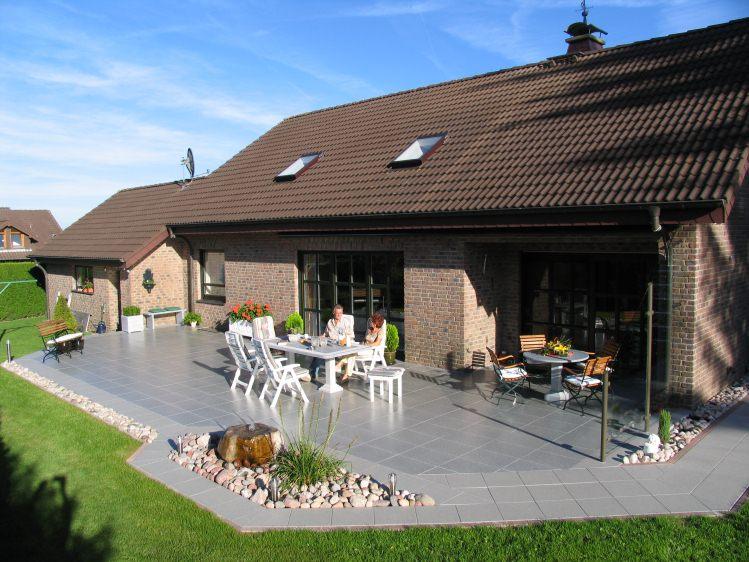 Gartengestaltung schön und pflegeleicht in Düsseldorf - terrassengestaltung beispiele