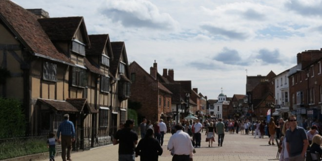 Henley Street – Shakespeare's Birthplace - Sratford-upon-Avon