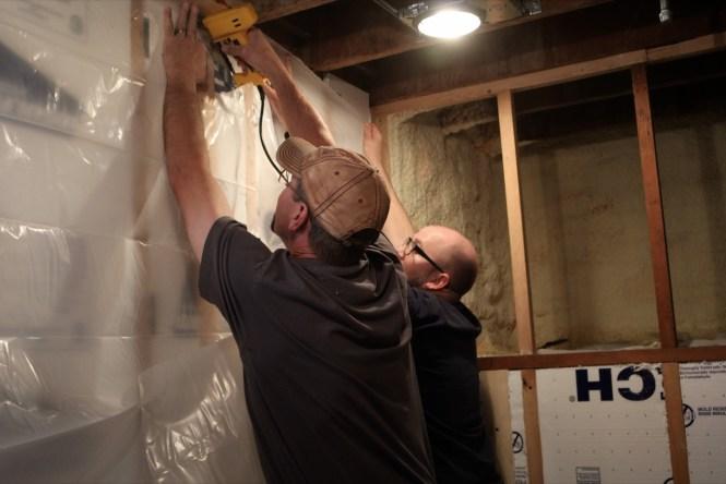 Installing vapor barrier in exterior wall