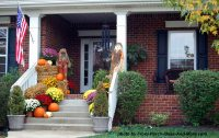 10 Curb Appealing Autumn Decorating Ideas for Your Porch ...
