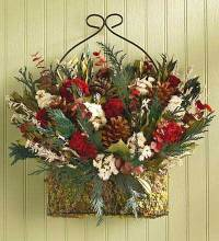 Front Door Wreaths to Beautify Your Home