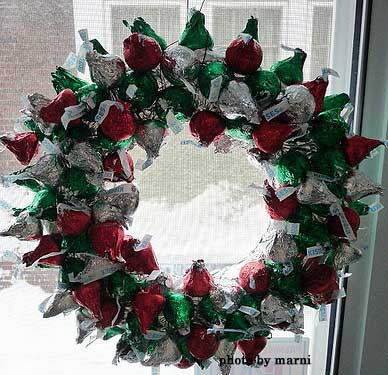 Front Door Wreaths to Beautify Your Home - christmas wreath decorations