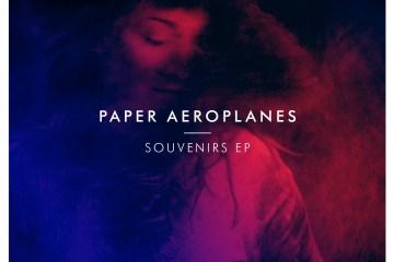 paper_aeroplanes_souvenir