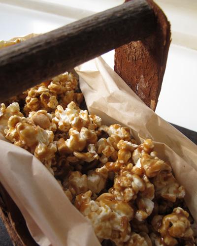 Caramel Popcorn - C. Rule