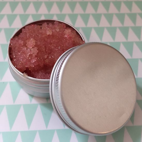 Super smooth lips – the frugal way….