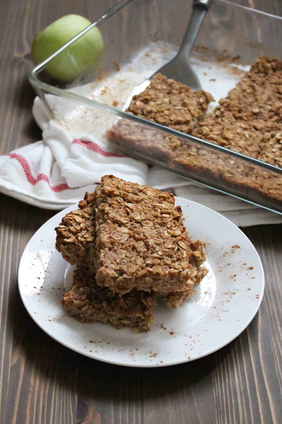 pear-baked-oatmeal-bars-for-breakfast-on-the-go-frugal-nutrition