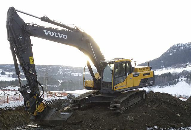 Volvo EC 300