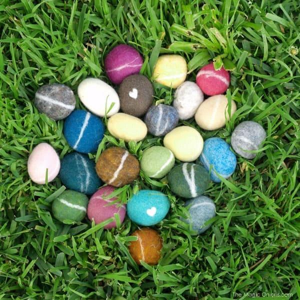 felt-pebbles-3