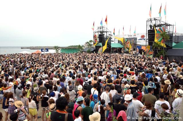 crowd shots 002