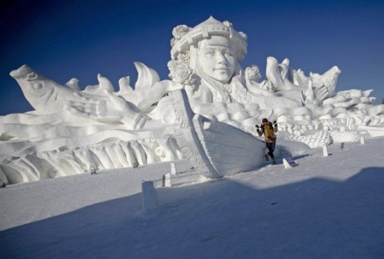 Ice-and-Snow-Sculpture-Festival-004