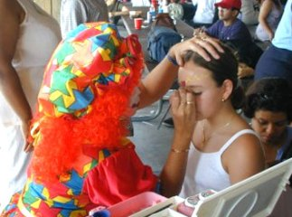 Clowns for kids party rentals orange county rent a clown Los Angeles children's party entertainment happy clowns for kids