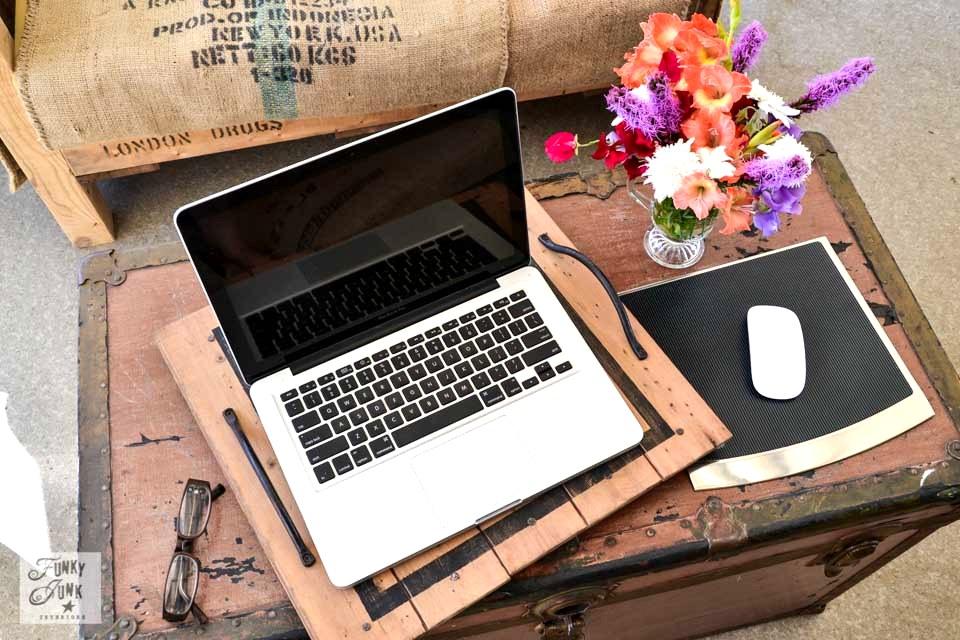 Seasonal Fall Coffee Desktop Wallpaper Desktop Vs Laptop A Reviewfunky Junk Interiors