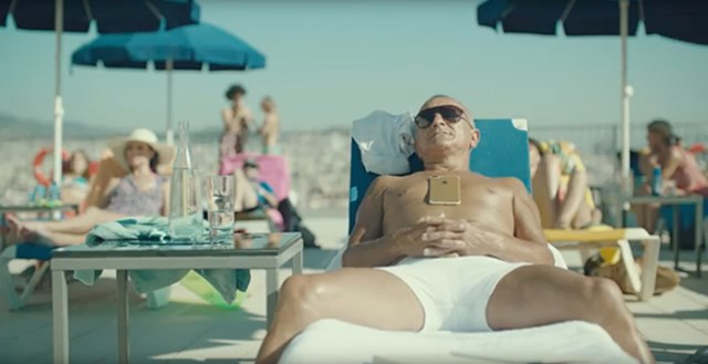 wes-anderson-iphone-7-commercial-FSMdotCOM