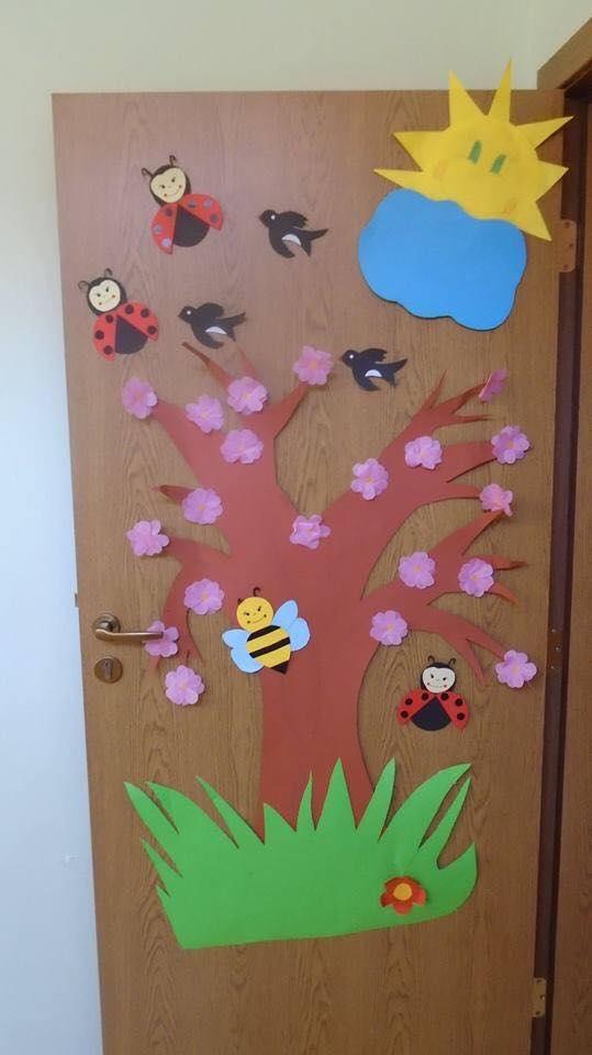 cool spring door decorations for preschoolers (2