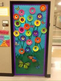 cool spring door decorations for preschoolers (4