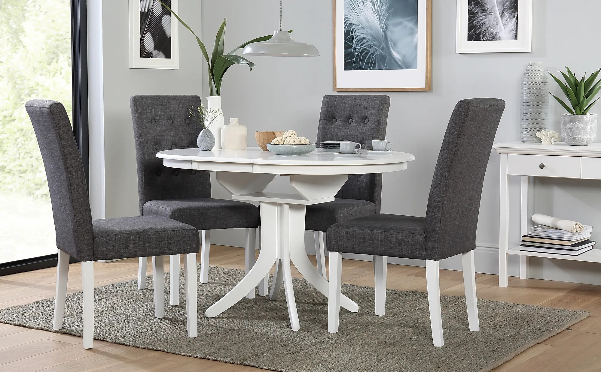 Hudson Round White Extending Dining Table With 4 Regent
